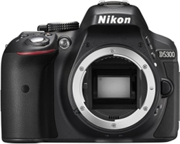 Nikon D5300 SLR-Digitalkamera (24,2 Megapixel, 8,1 cm (3,2 Zoll) LCD-Display, Full HD, HDMI, WiFi, GPS, AF-System mit 39 Messfeldern) Kit inkl. AF-S DX 18-105 VR Objektiv schwarz - 1