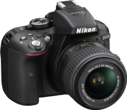Nikon D5300 SLR-Digitalkamera (24,2 Megapixel, 8,1 cm (3,2 Zoll) LCD-Display, Full HD, HDMI, WiFi, GPS, AF-System mit 39 Messfeldern) Kit inkl. AF-S DX 18-55 VR II Objektiv schwarz - 1